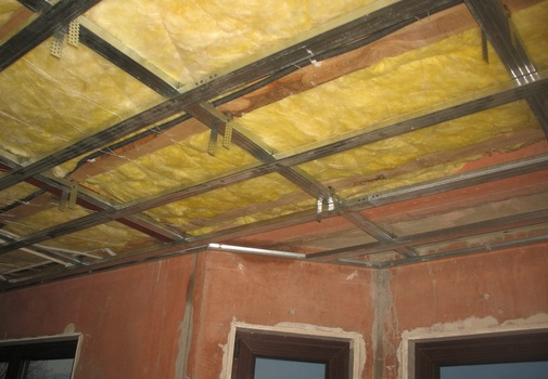 , Акустическая изоляция крыши и потолка